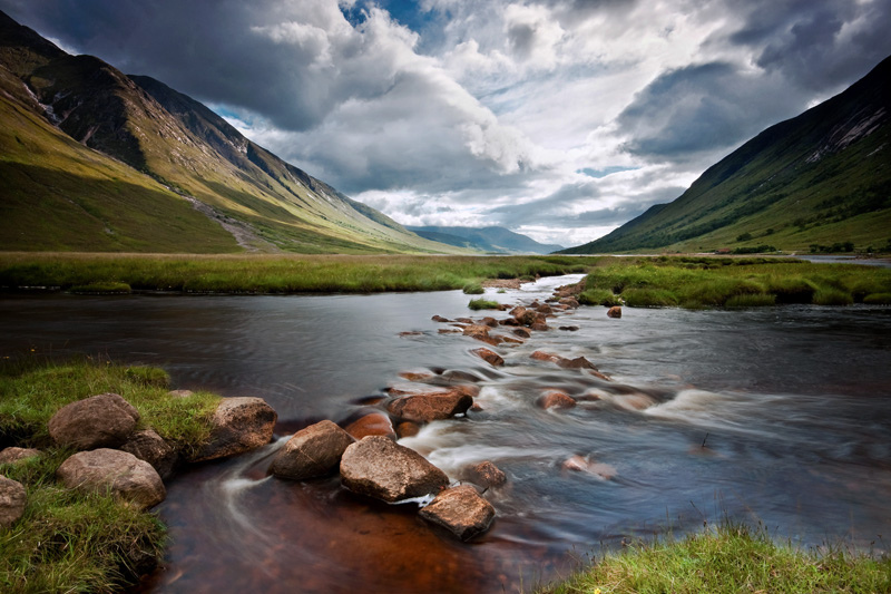 http://mcleanscotland.com/wp-content/uploads/Loch-Etive-on-Scotlands-west-coast-near-Oban-and-Glencoe.jpg