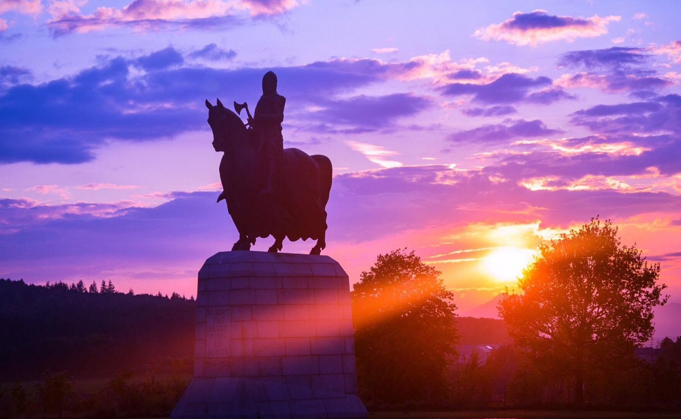 Robert the Bruce statue at Bannockburn Scotland hero king