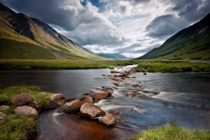 https://mcleanscotland.com/wp-content/uploads/Loch-Etive-on-Scotlands-west-coast-near-Oban-and-Glencoe.jpg