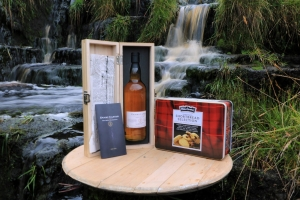 Clan Maclean Gathering whisky and biscuits